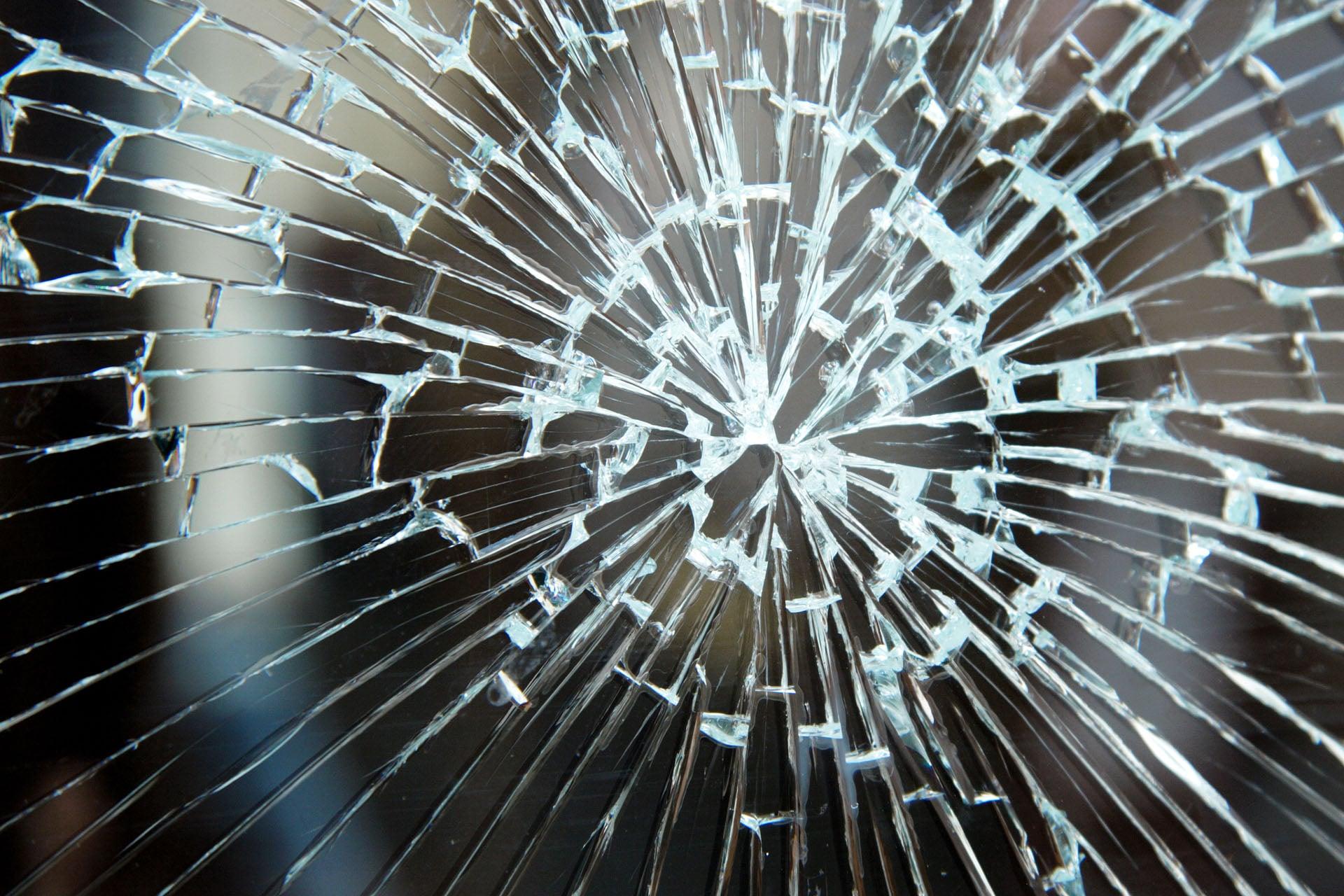 Repairs - Glaswerken Dresselaers